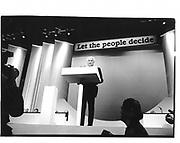 Sir James Goldsmith. Referendum Party Conference. Brighton. 1996. © Copyright Photograph by Dafydd Jones 66 Stockwell Park Rd. London SW9 0DA Tel 020 7733 0108 www.dafjones.com
