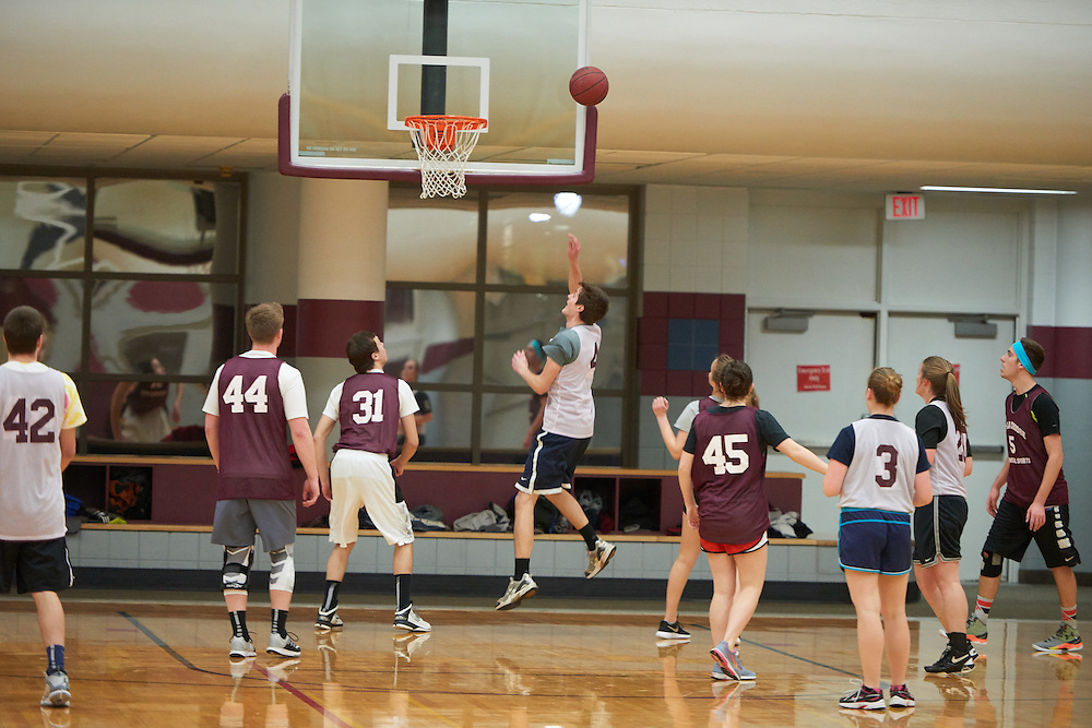 Activity; Basketball; Intramural Sports; Playing; Buildings; Recreational Eagle Center Rec; Location; Inside; Objects; Logo; People; Student Students; Woman Women; Man Men; Type of Photography; Candid; UWL UW-L UW-La Crosse University of Wisconsin-La Crosse; Winter; February