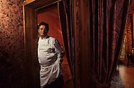 """France. Lyon. Philippe Chavent in the famous restaurant , the Tour Rose, where the walls pay homage to the """"soyeux"""" or silk manufacturers    Chez Philippe Chavent maître de la celèbre """"tour rose"""" les murs rendent hommage aux soyeux.     R00069 6L931105b P0000253"""