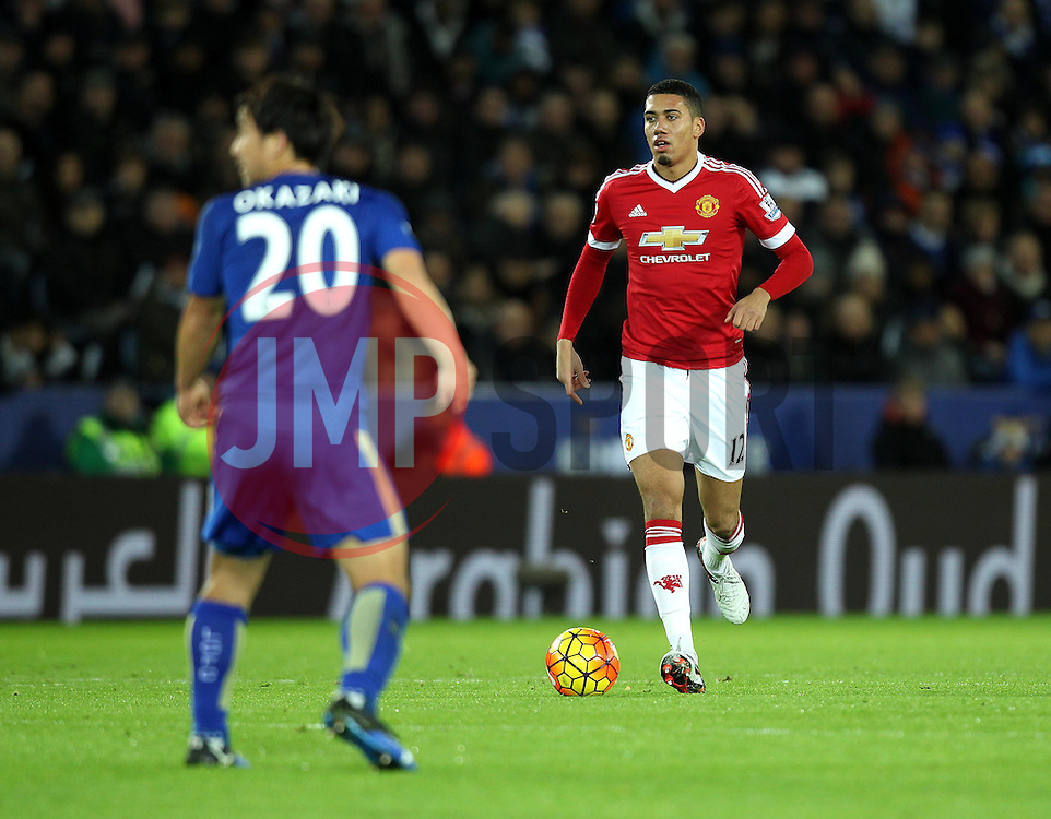 Chris Smalling of Manchester United brings the ball forward - Mandatory byline: Robbie Stephenson/JMP - 28/11/2015 - Football - King Power Stadium - Leicester, England - Leicester City v Manchester United - Barclays Premier League