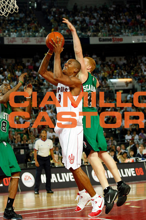 DESCRIZIONE : Roma Nba Europe Live Tour 2007 Toronto Raptors Boston Celtics <br /> GIOCATORE : Maceo Baston<br /> SQUADRA : Toronto Raptors<br /> EVENTO : Nba Europe Live Tour 2007<br /> GARA : Toronto Raptors Boston Celtics<br /> DATA : 06/10/2007<br /> CATEGORIA : Tiro<br /> SPORT : Pallacanestro<br /> AUTORE : Agenzia Ciamillo-Castoria/G.Cottini