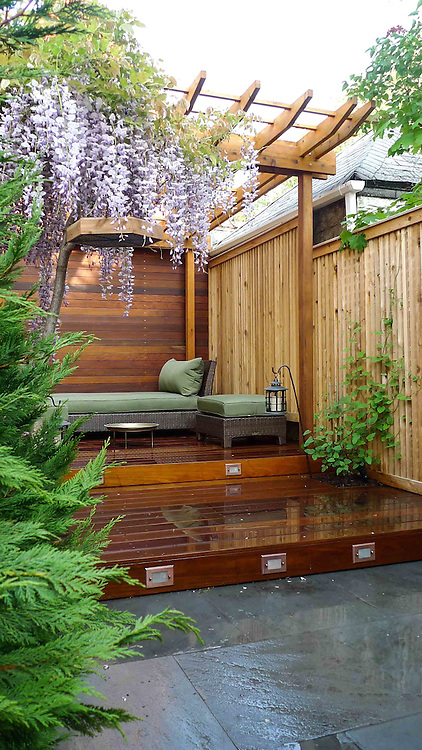 Small Garden Design With Deck And Pergola For Reading And