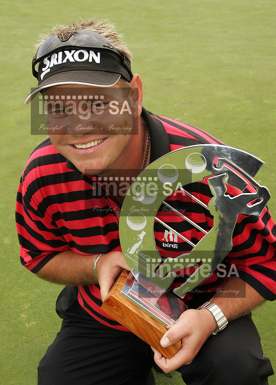 Coca Cola Charity Championship | Titch Moore with his trophy | KLEINMOND, Thursday 22 November 2007, during the final round of the Coca Cola Charity Championship hosted by Gary Player held at the Arabella Golf Club in the Western Cape Province. ..Photo by Roger Sedres/ImageSA....