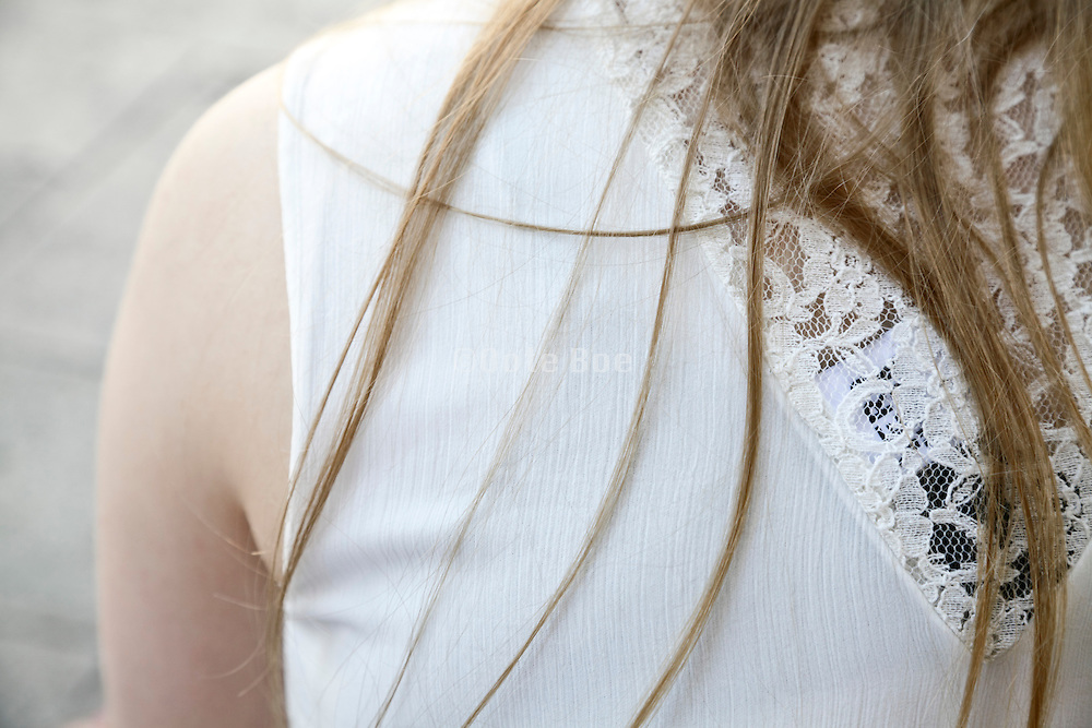 young adult woman shoulder