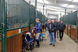 Impressionen Besucher<br /> Klein Offenseth - Hengstschau Stall Hell 2020<br /> © www.sportfotos-lafrentz.de/Stefan Lafrentz