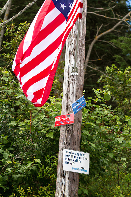 Great Cranberry Island Ultra 50K road race: inspirational sign on post, David, Leah