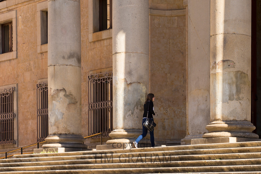 Student at University of Salamanca, Faculty of Philology - Languages in Plaza de Anaya, Spain