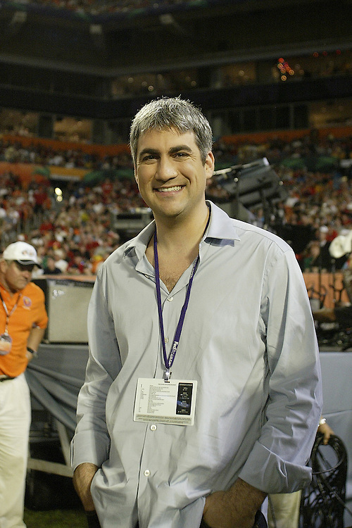 Former American Idol champion Taylor Hicks watches from the sidelines during the Louisville Cardinals 24-13 victory over the Wake Forest Demon Deacons at the 2007 Orange Bowl Game on January 2, 2007 at the Dolphin Stadium in Miami, Florida.
