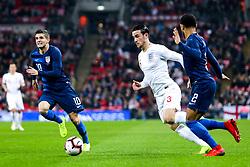 Ben Chilwell of England takes on DeAndre Yedlin of USA - Mandatory by-line: Robbie Stephenson/JMP - 15/11/2018 - FOOTBALL - Wembley Stadium - London, England - England v United States of America - International Friendly