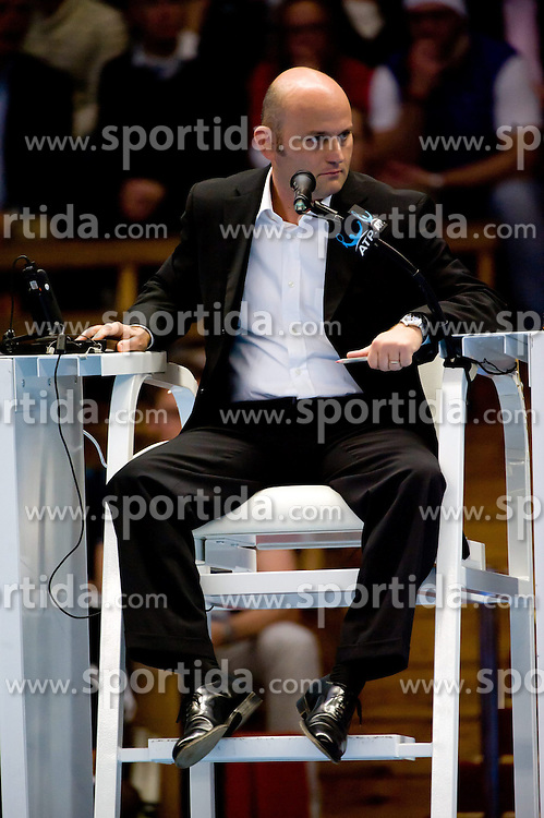 20.10.2012, Kungliga Tennis Halle, Stockholm, SWE, ATP, Stockholm Open, im Bild Referee// during the ATP Stockholm Open at the Kungliga Tennis Halls, Stockholm, Sweden on 2012/10/20. EXPA Pictures © 2012, PhotoCredit: EXPA/ PicAgency Skycam..***** ATTENTION - OUT OF SWE *****