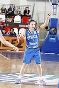 DESCRIZIONE : Valmiera Latvia Lettonia Eurobasket Women 2009 Italia Bielorussia Italy Belarus<br /> GIOCATORE : Mariangela Cirone<br /> SQUADRA : Italia Italy<br /> EVENTO : Eurobasket Women 2009 Campionati Europei Donne 2009 <br /> GARA :  Italia Bielorussia Italy Belarus<br /> DATA : 09/06/2009 <br /> CATEGORIA : palleggio<br /> SPORT : Pallacanestro <br /> AUTORE : Agenzia Ciamillo-Castoria/E.Castoria