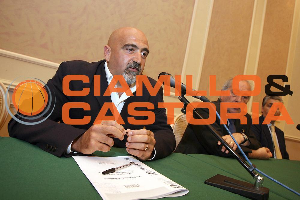 DESCRIZIONE : Milano Palazzo Bovara Conferenza Stampa di Presentazione <br /> Giampiero Ticchi<br /> GIOCATORE : Giampiero Ticchi Fausto Maifredi Pasquale Panza<br /> SQUADRA : Nazionale Femminile<br /> EVENTO : Conferenza Stampa di Presentazione Giampiero Ticchi Nazionale Donne<br /> GARA : <br /> DATA : 03/06/2008 <br /> CATEGORIA : <br /> SPORT : Pallacanestro <br /> AUTORE : Agenzia Ciamillo-Castoria/S.Ceretti<br /> Galleria : Fip Nazionali 2008 <br /> Fotonotizia : Milano Palazzo Bovara Conferenza Stampa di Presentazione <br /> Giampiero Ticchi<br /> Predefinita :