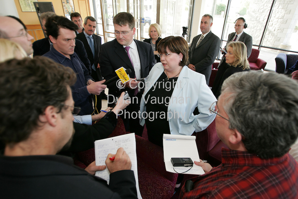 9/10/2004.The Tainaiste Mary Harney Minister for Health and Children pictured speaking to journalist's at the Irish Hospital Consultants Association conference at the Newpark Hotel in Kilkenny at the weekend..Picture Dylan Vaughan