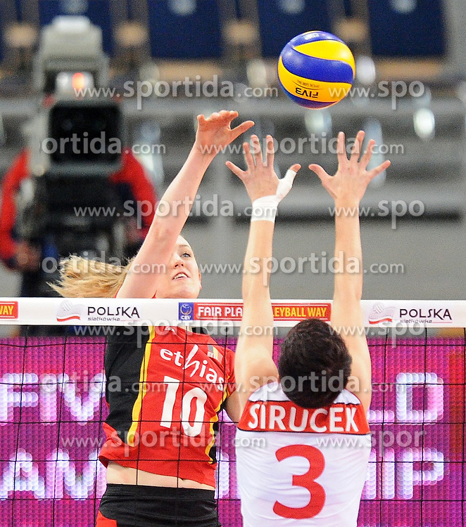 04.01.2014, Atlas Arena, Lotz, POL, FIVB, Damen WM Qualifikation, Belgien vs Schweiz, im Bild LISE VAN HECKE // LISE VAN HECKE during the ladies FIVB World Championship qualifying match between Belgium and Switzerland at the Atlas Arena in Lotz, Poland on 2014/01/05. EXPA Pictures &copy; 2014, PhotoCredit: EXPA/ Newspix/ Lukasz Laskowski<br /> <br /> *****ATTENTION - for AUT, SLO, CRO, SRB, BIH, MAZ, TUR, SUI, SWE only*****