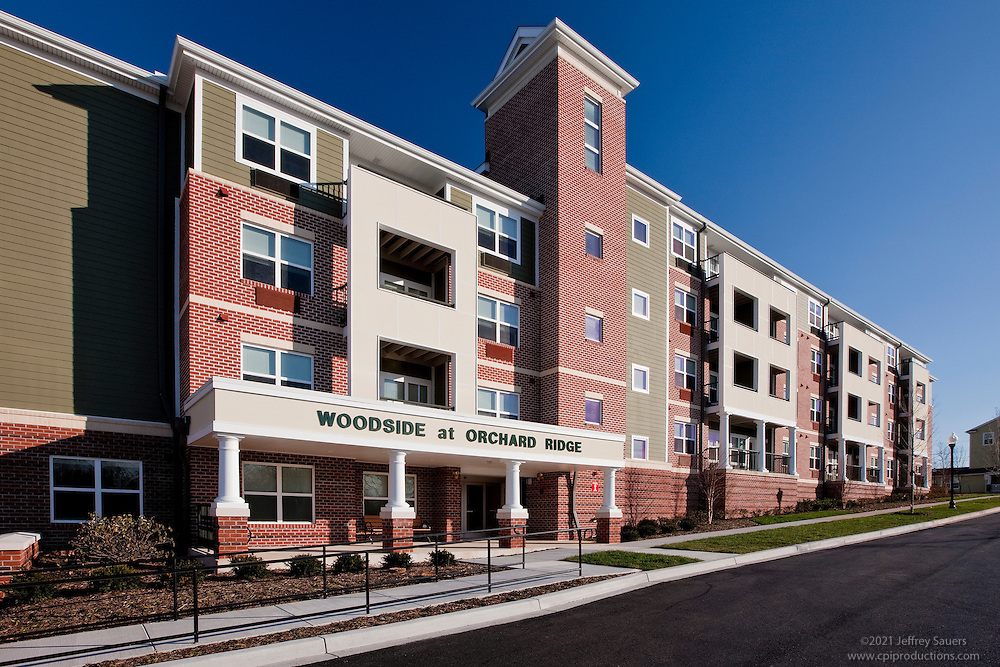 Photography of Woodside at Orchard Ridge apartment building
