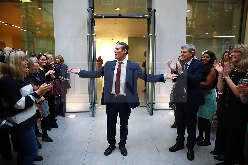 © Licensed to London News Pictures. 09/01/2020. London, UK. Sir Keir Starmer, the frontrunner in the race to become the next Leader of the Labour Party, arrives at the Unison trade union offices in London. Unison has backed Keir Starmer as leader and Angela Rayner as deputy leader. Photo credit: Rob Pinney/LNP