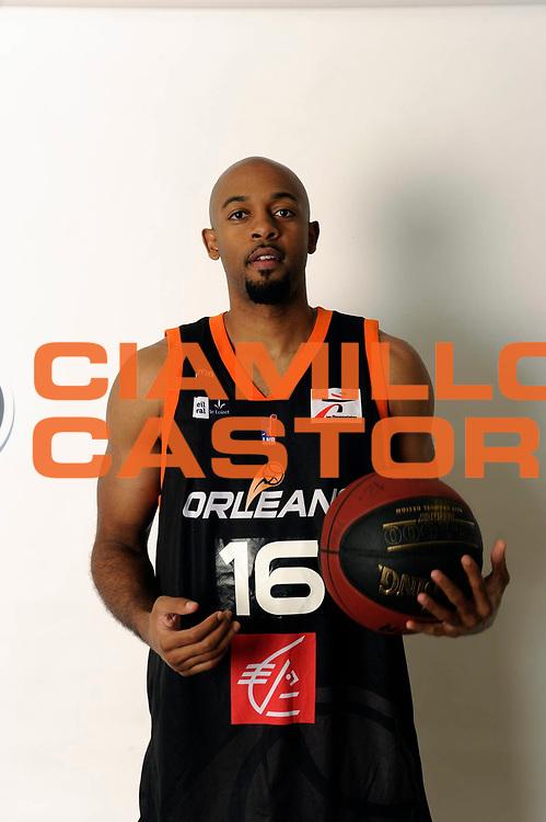DESCRIZIONE : Championnat de France Pro A Magazine Orleans<br /> GIOCATORE : Broyles Dwayne<br /> SQUADRA : Orleans<br /> EVENTO : Pro A <br /> GARA : <br /> DATA : 19/10/2012<br /> CATEGORIA : Basketball Homme<br /> SPORT : Basketball<br /> AUTORE : JF Molliere<br /> Galleria : France Basket 2012-2013 Magazine<br /> Fotonotizia : Championnat de France Basket Pro A Remerciements &agrave; l' hotel  Novotel<br /> Predefinita :
