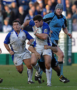 2005/06, Heineken Cup,Bath's Michael Lipman, supported by Lee Mears [left] breaking through mid field.  Bath Rugby vs Glasgow Warriors, The Rec, Bath, ENGLAND   © Peter Spurrier/Intersport Images - email images@intersport-images..   [Mandatory Credit, Peter Spurier/ Intersport Images].