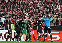 20100401: LISBON, PORTUGAL - SL Benfica vs Liverpool: Europa League 2009/2010 - Quarter-Finals - 1st leg. In picture: Carlos Martins (Benfica), Lucas (Liverpool) and Jonas Eriksson (Referee). PHOTO: Alvaro Isidoro/CITYFILES