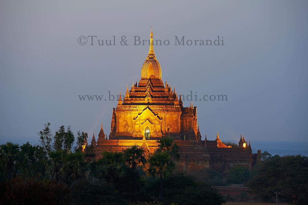 Myanmar (ex Birmanie), Province de Mandalay, Site de Pagan ou Bagan, Patrimoine mondial UNESCO, temple Htilo Minlo // Myanmar (Burma), Mandalay Province, Pagan or Bagan, Unesco world heritage, Htilo Minlo Temple