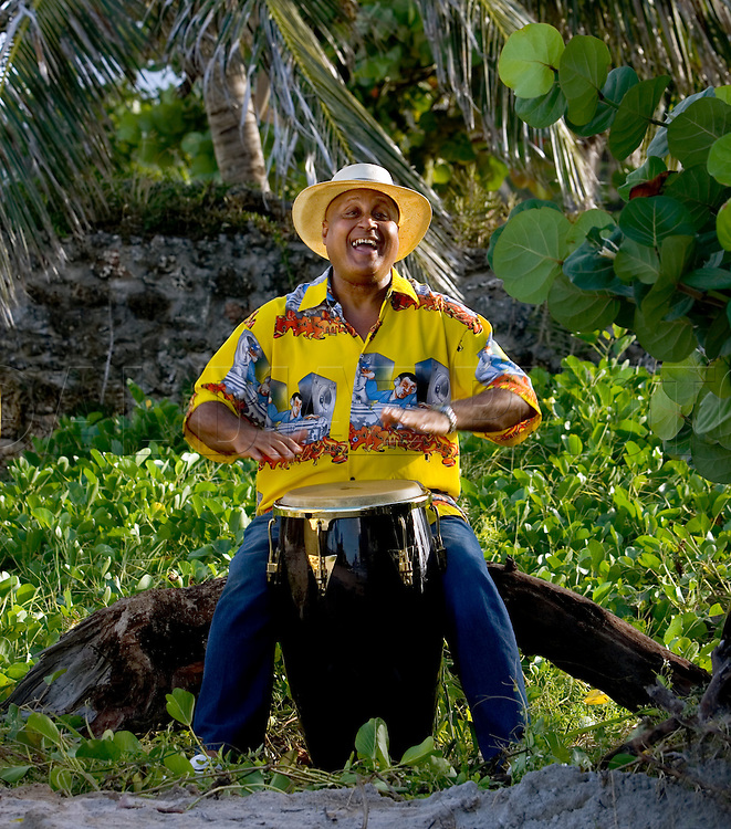 10/5/06 Photo by Al Diaz/Miami Herald Staff--Cuban percussion virtuoso Daniel Ponce, a Miami resident for years, plays the conga drums. Here he poses on Miami Beach.