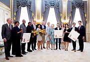 Koningin reikt Appeltjes van Oranje uit op Paleis Noordeinde. De prijzen worden dit jaar toegekend aan drie initiatieven van jonge en sociale ondernemers. <br /> <br /> Koningin reikt Appeltjes van Oranje uit op Paleis Noordeinde. De prijzen worden dit jaar toegekend aan drie initiatieven van jonge en sociale ondernemers. <br /> <br /> Op de foto:  De winnaars zijn Buddy to Buddy uit Zutphen, Yets Foundation uit Vlaardingen en de Excel Arts Academy uit Curacao. <br /> <br /> The winners are Buddy to Buddy from Zutphen, Yets Foundation from Vlaardingen and the Excel Arts Academy from Curacao.