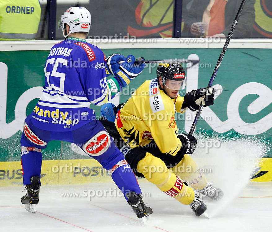 28.02. 2014, Stadthalle, Villach, AUT, EBEL, EC VSV vs UPC Vienna Capitals, 9. Plazierungsrunde, im Bild Scott Hotham (VSV,#55) und Kris Beech (Capitals,#5) // during the Erste Bank Icehockey League 9. Placing round between EC VSV vs UPC Vienna Capitals at the City Hall, Villach, Austria, 2014/02/28, EXPA Pictures © 2014, PhotoCredit: EXPA/ Oskar Hoeher