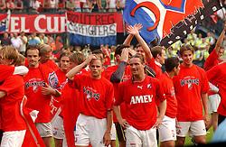 01-06-2003 NED: Amstelcup finale FC Utrecht - Feyenoord, Rotterdam<br /> FC Utrecht pakt de beker door Feyenoord met 4-1 te verslaan / Stefaan Tanghe, Stijn Vreven, Alje Schut, Igor Gluscevic