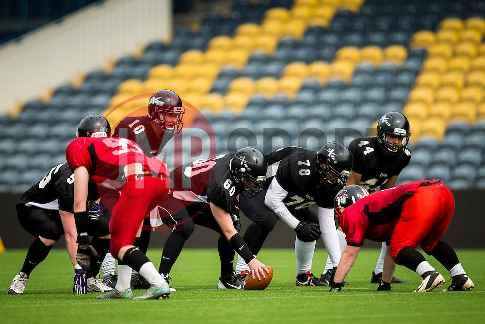 Kent Exiles prepare for another first and ten - Mandatory by-line: Jason Brown/JMP - 27/08/2016 - AMERICAN FOOTBALL - Sixways Stadium - Worcester, England - Kent Exiles v East Kilbride Pirates - BAFA Britbowl Finals Day