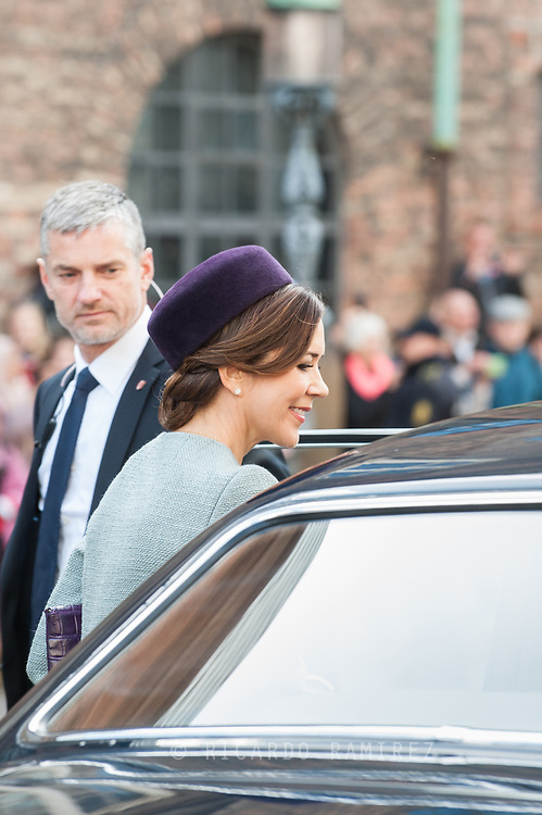 03.10.2017. Copenhagen, Denmark. <br /> Crown Princess Mary leaves the Danish Parliament at Christiansborg Palace in Copenhagen, Denmark.<br /> Photo: &copy; Ricardo Ramirez