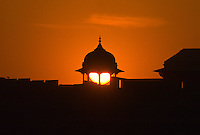 Sun setting on the Agra Fort (Red Fort of Agra), Agra, Uttar Pradesh, India