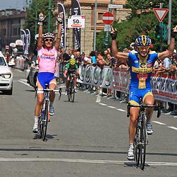 Sportfoto archief 2012<br /> Giro Donne stage 9 Sarnico - Bergamo - Emma Johansson wins stage 9 in the Giro Donne for Marianne Vos and Emma Pooley