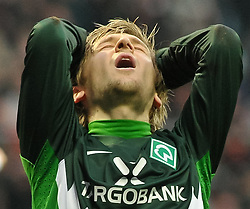 13.11.2010, Weserstadion, Bremen, GER, 1. FBL, Werder Bremen vs Eintracht Frankfurt, im Bild Marko Marin (Bremen #10)aergert sich ueber die vergebene Torchance   EXPA Pictures © 2010, PhotoCredit: EXPA/ nph/  Frisch+++++ ATTENTION - OUT OF GER +++++