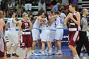 DESCRIZIONE : Latina Qualificazioni Europei Francia 2013 Italia Lettonia<br /> GIOCATORE : team<br /> CATEGORIA : curiosita esultanza<br /> SQUADRA : Nazionale Italia<br /> EVENTO : Latina Qualificazioni Europei Francia 2013<br /> GARA : Italia Lettonia<br /> DATA : 30/06/2012<br /> SPORT : Pallacanestro <br /> AUTORE : Agenzia Ciamillo-Castoria/GiulioCiamillo<br /> Galleria : Fip 2012<br /> Fotonotizia : Latina Qualificazioni Europei Francia 2013 Italia Lettonia<br /> Predefinita :
