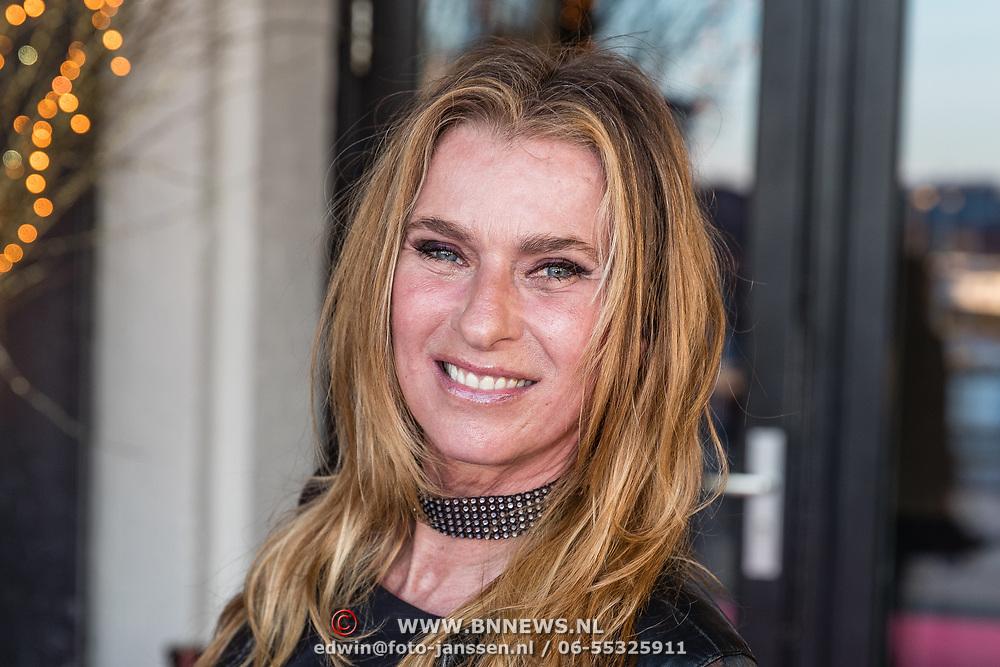 NLD/Amsterdam/20170324 - Uitreiking 2de editie XXXL Magazine, Anita Heilker