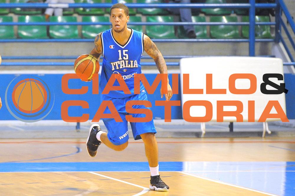 DESCRIZIONE : Cipro European Basketball Tour Italia Russia Italy Russia<br /> GIOCATORE : Daniel Hackett<br /> CATEGORIA : Palleggio<br /> SQUADRA : Nazionale Italia Uomini <br /> EVENTO : European Basketball Tour <br /> GARA : Italia Russia <br /> DATA : 06/08/2011 <br /> SPORT : Pallacanestro <br /> AUTORE : Agenzia Ciamillo-Castoria/GiulioCiamillo<br /> Galleria : Fip Nazionali 2011 <br /> Fotonotizia :  Cipro European Basketball Tour Italia Russia Italy Russia<br /> Predefinita :