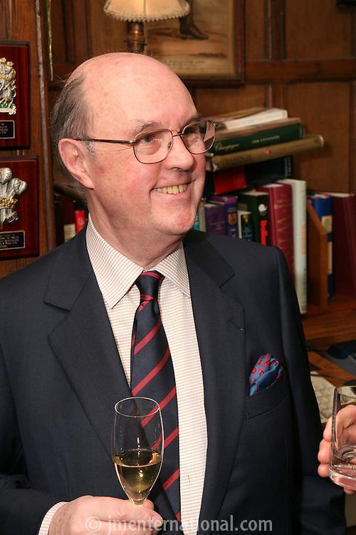 Comte Alexandre de Lur-Saluces, Nordoff-Robbins
