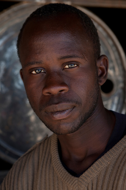 Young man portraited near Khorixas, in Namibia.