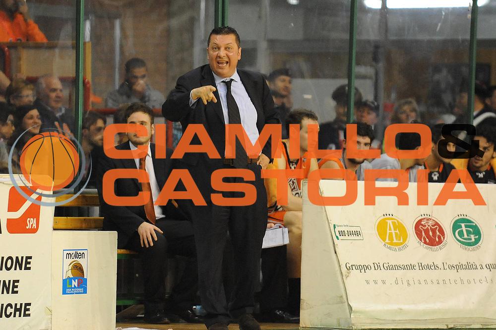 DESCRIZIONE : Ozzano Emilia LNP Lega Nazionale Pallacanestro Serie A Dilettanti 2009-10 Playoff Semifinale Gara 2 PentaGruppo Ozzano Amori Fortitudo Bologna<br /> GIOCATORE : Stefano Salieri<br /> SQUADRA : PentaGruppo Ozzano<br /> EVENTO : Lega Nazionale Pallacanestro 2009-2010 <br /> GARA : PentaGruppo Ozzano Amori Fortitudo Bologna<br /> DATA : 15/05/2010<br /> CATEGORIA : <br /> SPORT : Pallacanestro <br /> AUTORE : Agenzia Ciamillo-Castoria/M.Marchi<br /> Galleria : Lega Nazionale Pallacanestro 2009-2010 <br /> Fotonotizia : Ozzano Emilia LNP Lega Nazionale Pallacanestro Serie A Dilettanti 2009-10 Playoff Semifinale Gara 2 PentaGruppo Ozzano Amori Fortitudo Bologna<br /> Predefinita :