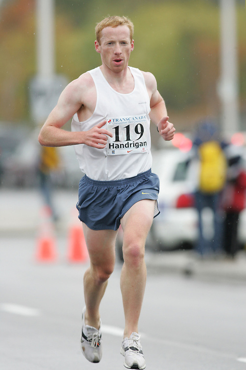 (13/10/2007--Ottawa) TransCanada 10K Canadian Championship run by Athletics Canada. The athlete in action is GRANT HANDRIGAN