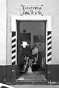 Zapateria El Sol and Barber Shop