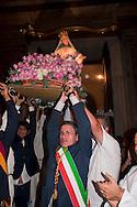 Roma 30 Luglio 2012..Venerabile Arciconfraternita del SS.mo Sacramento e di Maria Ss. del Carmine in Trastevere a Roma fondata nell' anno 1539. I Solenni Festeggiamenti e la processione in onore della Madonna Fiumarola.Gianni Alemanno, sindaco di Roma.The Solemn Celebrations and processions in honor of Madonna Fiumarola..http://www.arciconfraternitadelcarmine.it.http://eternallycool.net/?p=285.