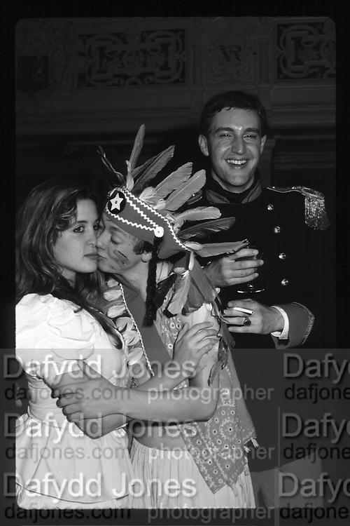 Nenna Eberstadt, Geordie Greig and Marius Barding Piers Gaveston Ball. Oxford Town Hall. 1981 approx.© Copyright Photograph by Dafydd Jones 66 Stockwell Park Rd. London SW9 0DA Tel 020 7733 0108 www.dafjones.com