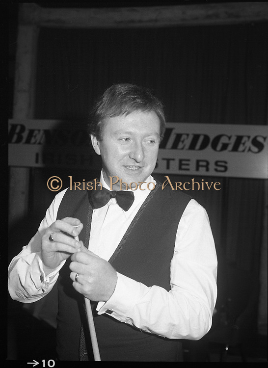 1980-05-01.1st May 1980.01-05-1980.05-01-80..Photographed at Goffs, Kill, Co Kildare..Chalking the cue:..Denis Taylor chalks his cue at the Benson and Hedges Irish Masters Snooker Competition.