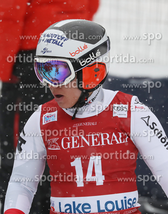 28.11.2017, Lake Louise, CAN, FIS Weltcup Ski Alpin, Lake Louise, Abfahrt, Damen, 1. Training, im Bild Nicole Schmidhofer (AUT) // Nicole Schmidhofer of Austria during the 1st practice run of ladie's Downhill of FIS Ski Alpine World Cup in Lake Louise, Canada on 2017/11/28. EXPA Pictures &copy; 2017, PhotoCredit: EXPA/ Sammy Minkoff<br /> <br /> *****ATTENTION - OUT of GER*****