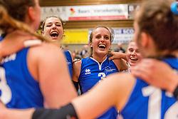06-05-2017 NED: Finale play off Sliedrecht Sport - VC Sneek, Sliedrecht<br /> Sliedrecht is Nederlands kampioen 2016-2017 / Vreugde bij Sliedrecht, Esther Hullegie #3 of Sliedrecht Sport