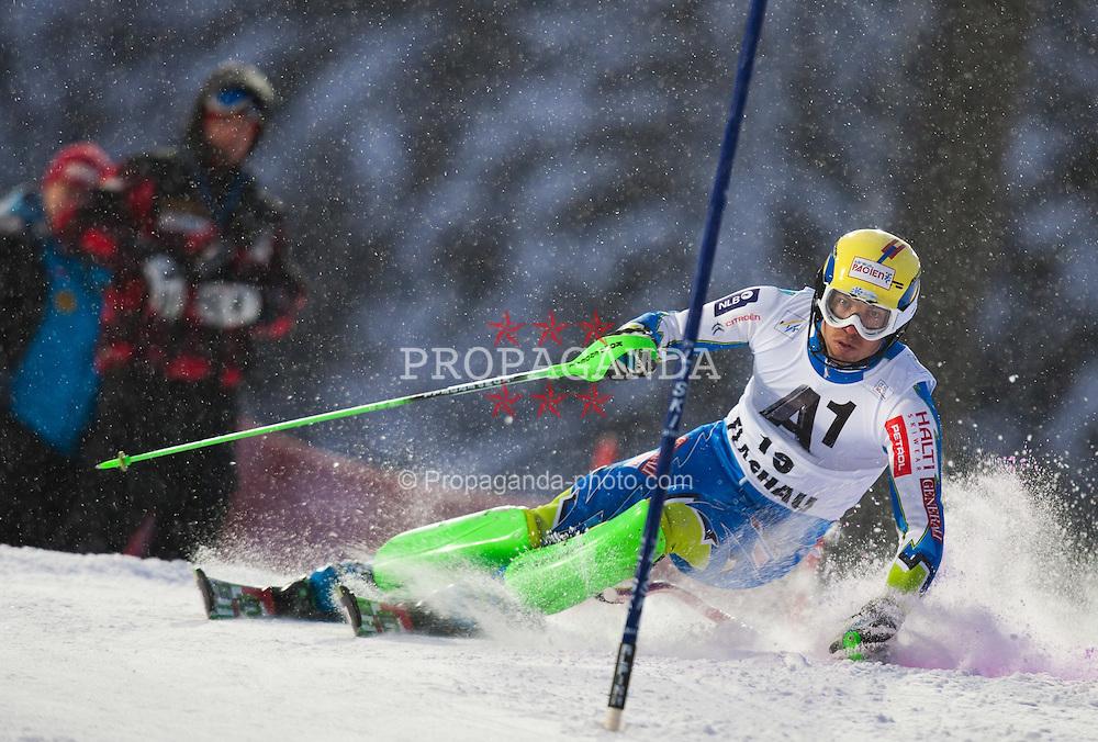 21.12.2011, Hermann Maier Weltcup Strecke, Flachau, AUT, FIS Weltcup Ski Alpin, Herren, Slalom 1. Durchgang, im Bild Mitja Valencic (SLO) in Aktion //  Mitja Valencic of Slovenia in action during Slalom race 1st run of FIS Ski Alpine World Cup at 'Hermann Maier World Cup' course in Flachau, Austria on 2011/12/21. EXPA Pictures © 2011, PhotoCredit: EXPA/ Johann Groder