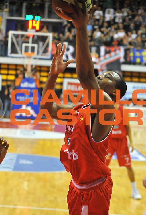 DESCRIZIONE : Biella Lega A 2012-13 Angelico Biella Cimberio Varese<br /> GIOCATORE : Mike Green<br /> SQUADRA : Cimberio Varese<br /> EVENTO : Campionato Lega A 2012-2013 <br /> GARA : Angelico Biella Cimberio Varese <br /> DATA : 11/11/2012<br /> CATEGORIA : Penetrazione Tiro<br /> SPORT : Pallacanestro <br /> AUTORE : Agenzia Ciamillo-Castoria/ L.Goria<br /> Galleria : Lega Basket A 2012-2013 <br /> Fotonotizia : Biella Lega A 2012-13  Angelico Biella Cimberio Varese <br /> Predefinita