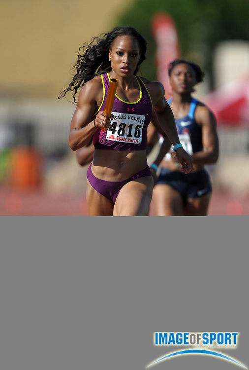 Mar 31, 2012; Austin, TX, USA; Natasha Hastings runs the opening leg on the TG Elite womens 4 x 400m relay that placed second in 3:29.23 in the 85th Clyde Littlefield Texas Relays at Mike A. Myers Stadium.