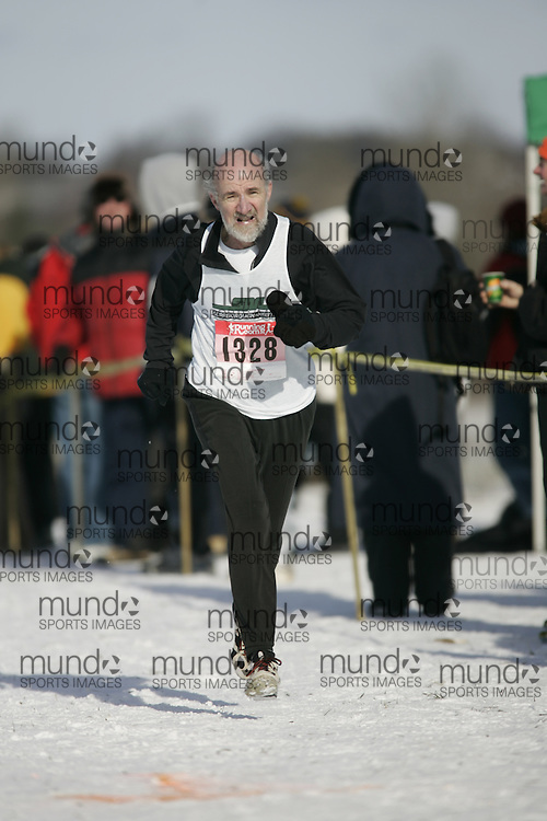 Guelph, Ontario ---01/12/07--- The Masters race at the Canadian Cross Country Championships in Guelph, Ontario, December 1, 2007..photo by GEOFF ROBINS
